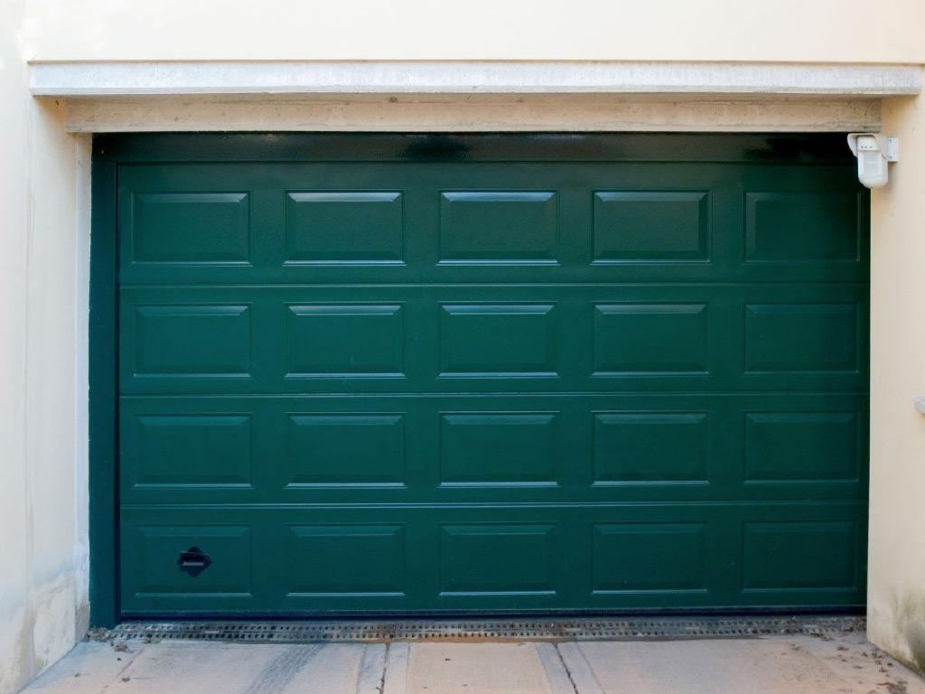 Portoni Sezionali: Una Soluzione Tecnologica E Sicura Per Il Tuo Garage
